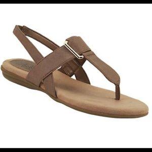 Life Stride Soft System Tan Thong Sandal Size 8.5